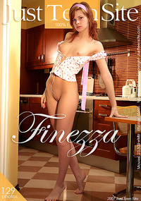 Finezza - This model is in the kitchen and wants to make your mouth water.